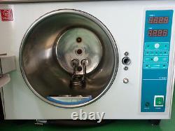 18L Dental Lab Automatic Autoclave Steam Sterilizer Medical Equipment 220V
